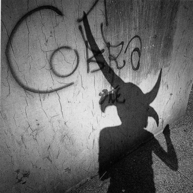 med_shadows20