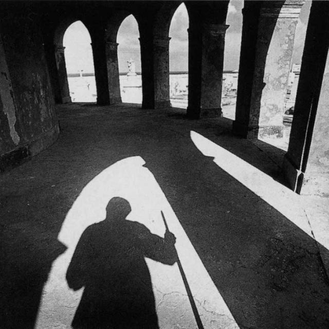 med_shadows33