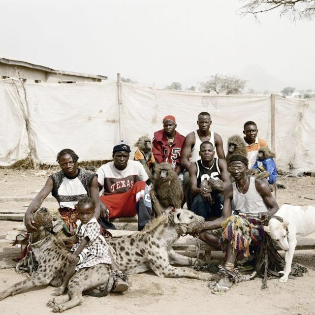 pieter-hugo-the-hyena-and-other-men-the-hyena-men-of-abuja-nigeria-2005-group-portrait