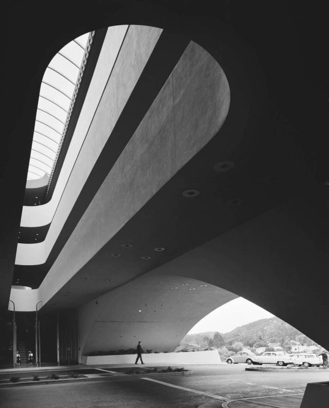 Frank Lloyd Wright- Marin County Civic Center by Ezra Stoller