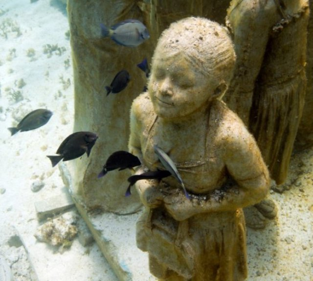 silent_evolution-021-jason-decaires-taylor-sculpture