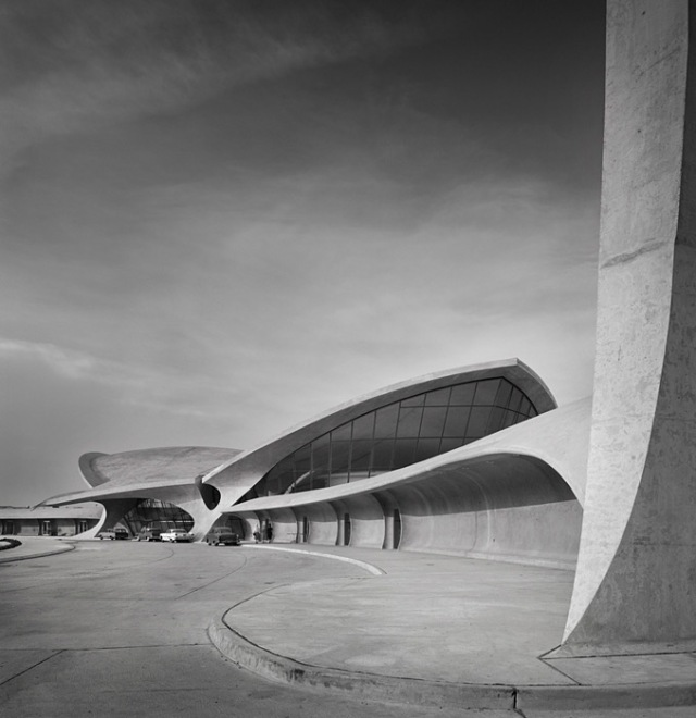 TWA Terminal at Idlewild (now JFK) Airport, Eero Saarinen by Ezra Stoller