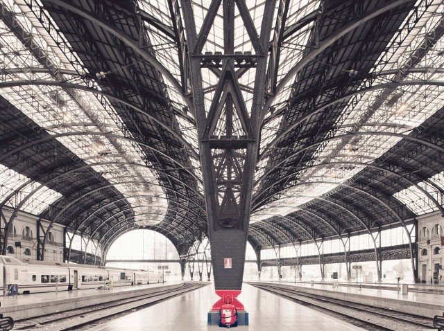 Alvia Train Station by Franck Bohbot